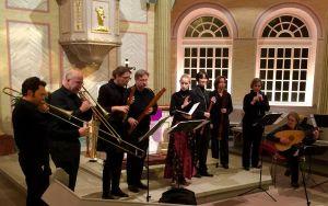 Das Ensemble Heav(enl)y Woods während des Konzerts in Bischmisheim